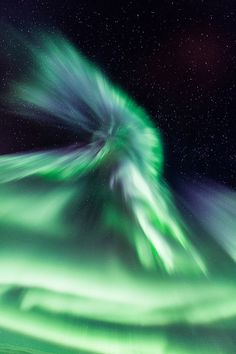 °Aurora Corona - Troms Fylke, Norway by mirrormatch Aurora Sky, Light Pollution, Cosmos, Beautiful Sky, Beautiful Sites, Milky Way, Night Skies, Norway, Celestial