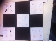 5 vierkantjes met rechte lijnen om een goede structuur te krijgen.
