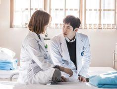 Seo Hyun Jin, Yoo Yeon Seok, Romantic Doctor, Drama Korea, Asian Actors, Kpop Fashion, Future Husband, Doctors, Medical