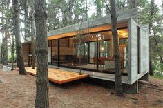 'Casa in copac' din beton, in Brazilia (1)
