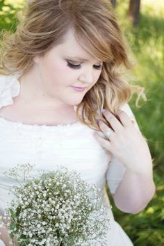 flattering poses for plus size brides - Google Search
