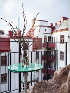 pendant la saison froide les balcons restent un endroits chaleureux lorsquils sont bien