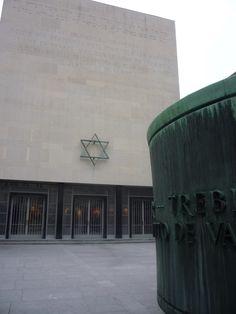 Mémorial de la Shoah - Paris, France © Corine Charlet [http://elfemere.blogspot.fr]