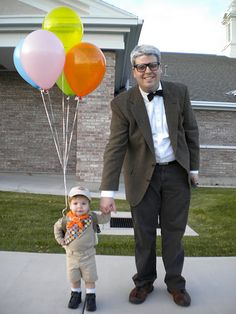 DIY Halloween Costumes - Father and son as characters from the movie UP Diy Halloween, Halloween Mono, Halloween Costumes You Can Make, Up Costumes, Holidays Halloween, Happy Halloween, Costume Ideas, Family Costumes, Halloween Clothes