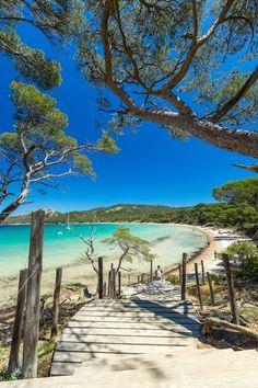 Les 17 plus belles plages en France en 2019