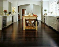 Holzboden in der Küche - 18 stilvolle Designs für jeden Geschmack