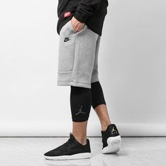 Jordan compression tights that just dropped are an amazing combination of sport tech and style. Teamed up with tech fleece shorts and Jordan eclipse = #culturekings #nike #jordan