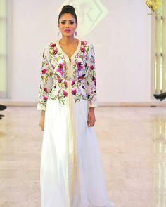 #تكشيطة_مغربية . . @Regrann from @njk_luxetpassion . - By @njk_luxetpassion . . . #dressmoroccan_caftanbeautiful . . . . when a dress gives you royalty . . . #مضمة_مغربية ● ● ● ● ● #التكشيطة_المغربية #تكشيطة#مغربيات #التكشيطة #الحلي_المغربية #المغربيات_ملكات_على_عرش_الانوثة_و_الجمال . . #takshita #takchita #moroccanwork #moroccanstyle#moroccantouch #fashioncréation #elegant #luxury #traditional #handmade #takcheta #caftaninspiration #caftanma...