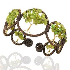 Chuvora Handmade Tree of Life Bracelet Woven With Peridot Beads, Brass Trunk, Cotton Waxed Thread Chuvora,http://www.amazon.com/dp/B00GLYBU0S/ref=cm_sw_r_pi_dp_f.satb10NH4QS251