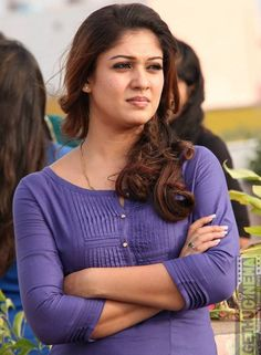 Nayanthara Cute Looks South Indian Actress Photo, Indian Actress Gallery, Indian Actress Images, Indian Actresses, South Actress, Bollywood Actress Hot Photos, Actress Pics, Tamil Actress Photos, Bollywood Style