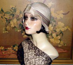 1920's Flapper Cloche. Berti Borrell, Design