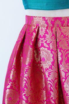Stylish Dress Designs, Stylish Dresses, Stylish Outfits, Fashion Dresses, Saree Designs Party Wear, Wedding Lehenga Designs, Lehenga Saree Design, Brocade Lehenga, Floral Lehenga
