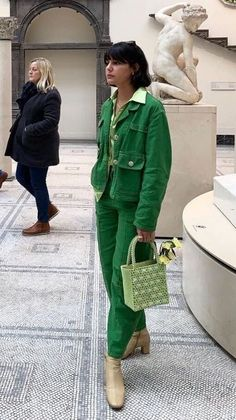 Looks Street Style, Looks Style, My Style, Simple Outfits, Cool Outfits, Fashion Outfits, Green Outfits For Women, Pinterest Mode, Aesthetic Clothes