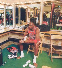 Jordan Locker Room