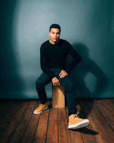Actor @coryhardrict photographed in studio in #dtla // Grooming by @oshunfront Styled by @catwrightstyle #actors #actorportrait #mensstyle #mensfashion #editorialphotography #fashionphotography #suitedup #spectral #coryhardrict #portraits #laphotographer #studiophotography #wardrobestylist #mensgrooming #sonyimages #sonya7r