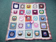 'SIBOLETTES' were invited to make an Owl Square by mandas' challenges. Today I received the Blanket back. Wow! Thank you all so much! | Flickr : partage de photos !
