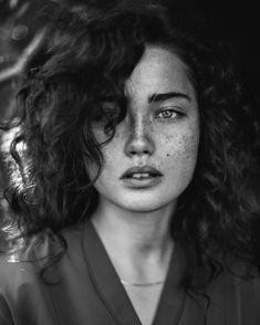 "4,864 Likes, 49 Comments - Agata Serge Photography (@agataserge) on Instagram: ""Another portrait from my workshop in Poland  #agataserge #queenofbokeh @nikolaselezinko…"""
