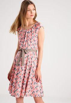 Vêtements Taifun Robe en jersey - flamingo  corail: 99,99 € chez Zalando (au 25/05/17). Livraison et retours gratuits et service client gratuit au 0800 915 207.