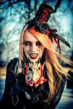 Vampire - Halloween Makeup