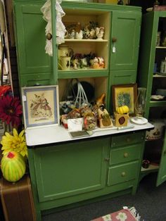 Great old kitchen cabinet.