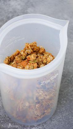Loli Alliati - #sponsored La mejor granola sin gluten, granola facil, granola saludable, granola baja en azucar, barras de cereal saludables, PB granola, granola sana, granola sin azucar, como hacer granola, recetas con semillas, desayunos saludables, desayunos para llevar #ziptop #siliconcontainer #ziptopcontainer #plasticfree , granola de cacahuate, @ziptopcontainer Healthy Recepies, Easy Healthy Recipes, Healthy Cooking, Real Food Recipes, Healthy Snacks, Healthy Eating, Vegetarian Recipes, Healthy Granola Recipe, Amazing Food Videos