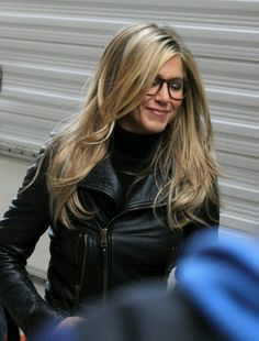 "Jennifer Aniston Photos - Jennifer Aniston is seen on the set of 'Wanderlust' in the West Village. - Jennifer Aniston On Set Of ""Wanderlust"" Jennifer Aniston Style, Jenifer Aniston, Jennifer Aniston Hairstyles, Jennifer Aniston Long Hair, Jennifer Aniston Glasses, Jennifer Aniston Hair Friends, Hair Day, New Hair, Long Layered Haircuts"