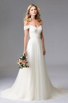Romantic Wedding gown | @BridalPulse Wedding Dress Gallery | Wtoo Brides Fall 2016 | Floor Ivory A-Line Sweetheart $$ ($1,001-2,000)