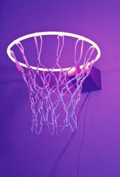 Zhou Wendou - Fragile State - Purple, 2013 (Neon light, basketball net, aluminium board)