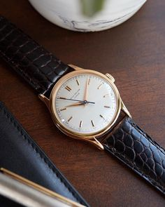 Landing next week. A classic Reference 570 from Patek Philippe.