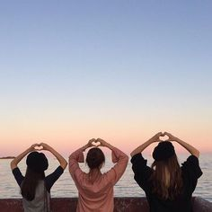 Best Friend Poses, Best Friend Pictures, Bff Pictures, Friend Photos, Ulzzang Couple, Ulzzang Girl, Jia, Korean Best Friends, Photos Bff