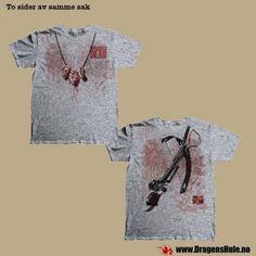 En original, lisensiert kortermet t-skjorte i standard herre/unisex-fasong. Trykt motiv fra The Walking Dead. Materiale: Laget i 100% bomull. Vaskes vrengt på 40 grader. Endel strekk i stoffet.