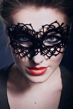 tatted mask free pattern   Fashion, Mask,lace, red lips,Tatting by Svetlana Melnikova, Belarus vk ...