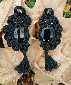 Pendientes soutache con cristal swarovski en negro