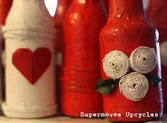 Centerpieces made using recycled color paper, bottles, newspaper.    Centros de mesa hecho con papel reciclado, color botellas, periódico.  #bottle #botella #event #handmade #evento #wedding #boda #centerpiece# centro de mesa #paper # papel #newspaper #periodico
