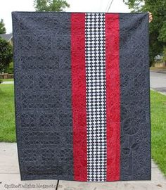 """Quilted Delights - quilt backing!  http://quilteddelights.blogspot.com/ back of """"I'm Blushing"""" great stitching"""