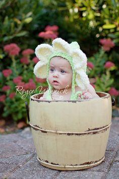 Flower bonnet photo prop
