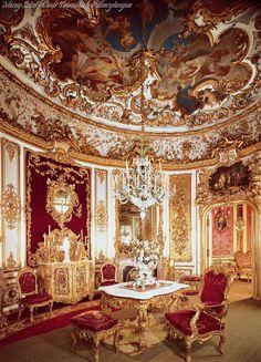 Palacio de Linderhof, Dining room.