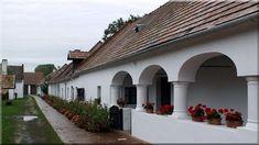 eladó veszprém megyei ingatlanok, sváb parasztház Cottage Homes, Pergola, Sweet Home, Country, Outdoor Decor, Home Decor, Hungary, Tiny House Cabin, Farm Cottage