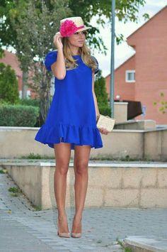 Un vestido azul klein (necklace of pearls vestidos платья, р Dress Outfits, Casual Dresses, Short Dresses, Fashion Dresses, Dame Chic, Summer Outfits, Summer Dresses, Wedding Bridesmaid Dresses, Dress Wedding