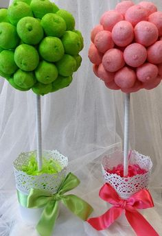 => Ve a este tablero para sorprenderte con un puñado de pins extraordinarios similares a éste. Candy Table, Candy Buffet, Candy Trees, Diy And Crafts, Crafts For Kids, Sweet Trees, Marshmallow Pops, Popsicle Stick Crafts, Chocolate Bouquet