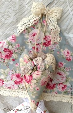 Floral Craft ~ Decorate A Hanger