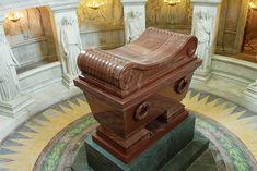 Le tombeau de Napoléon aux Invalides - PARIS - France -