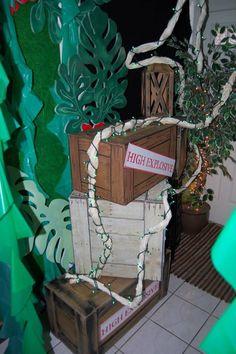 Magalie Sarnataro's props Jungle decor details  Jungle spy entrance Movie Themes, Jungle Safari, Halloween Movies, Spy, Entrance, Decor, Entryway, Decoration, Door Entry