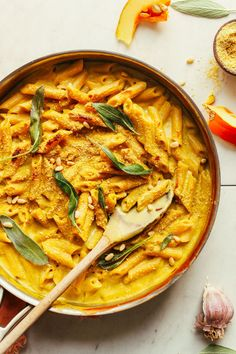 Vegan Pumpkin Mac 'n' Cheese | Minimalist Baker Recipes