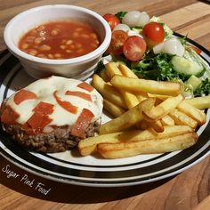 Pizza topped burgers - slimming world