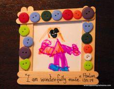 Popsicle Stick Button Frame - AWANA Cubbies Bear Hug Craft #6 - Meaningfulmama.com