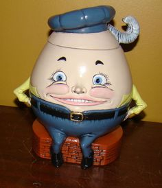 "Unique ""Humpty Dumpty""  Cookie Jar by Duncan Enterpises 1979 -  approx 8""  tall"