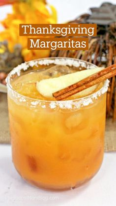 Tequila Drinks, Cocktail Drinks, Fun Drinks, Yummy Drinks, Cocktail Recipes, Alcoholic Drinks, Beach Drinks, Cold Drinks, Thanksgiving Cocktails