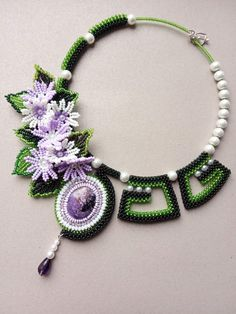 Beaded Necklace Patterns, Beading Patterns, Beaded Jewelry, Jewelry Rings, Crochet Necklace, Embroidery Jewelry, Beaded Embroidery, Seed Bead Flowers, Seed Beads