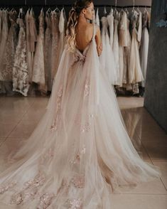 2020 Best Beautiful Lace Illusion Neckline Wedding Dress – toolcloth Source by Dresses Wedding Dress Necklines, Wedding Dress Sleeves, Long Sleeve Wedding, Modest Wedding Dresses, Bridal Dresses, Elegant Dresses, Sexy Dresses, Cheap Wedding Dress, Summer Dresses